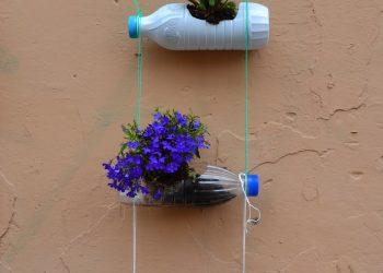 Le bottiglie di plastica diventano oggetti di design
