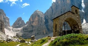 Un'immagine del Parco Adamello Brenta
