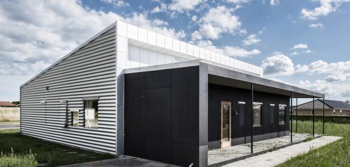 Upcycle house in danimarca il prefabbricato diventa una casa riciclata - Prefabbricato casa ...