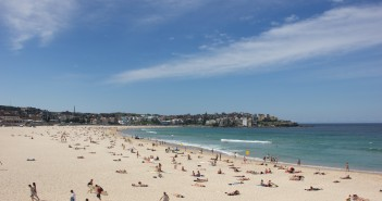 Una spiaggia di una località balneare