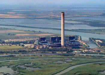 La centrale a olio combustibile di Porto Tolle