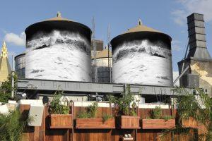 Una delle opere di The Water Tank Project