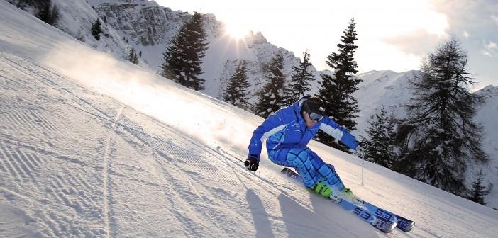 Uno sciatore sulle piste da sci (http://www.4-media.it/)