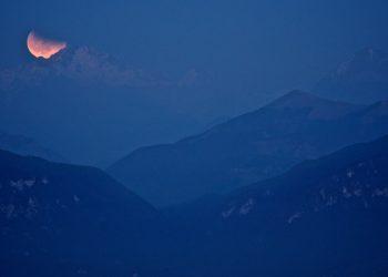 Un'eclissi di sole (foto: http://www.astrogeo.va.it/)