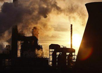 Una centrale a carbone (foto: www.dailyslow.it)