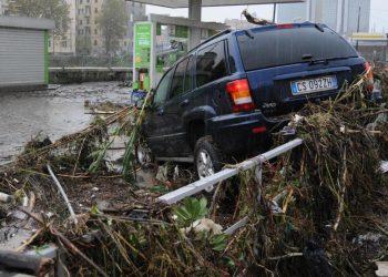 Un'immagine dell'alluvione a Genova (foto: http://www.giornalettismo.com/)