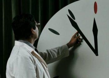 Gli scienziati spostano in avanti l'orologio dell'apocalisse (foto: motherboard.vice.com)