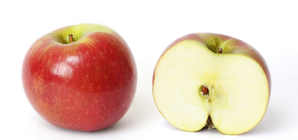 Una mela (foto: Wikipedia)