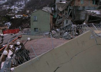 Effetti devastanti del dissesto idrogeologico (foto: www.aniem.it)
