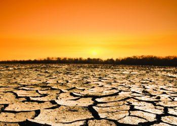 Un terreno riarso dalla siccità (foto: meic.org)