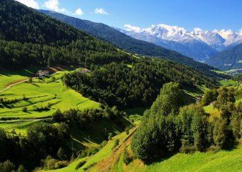 Un panorama della Val di Mazia (foto: flickr.com)