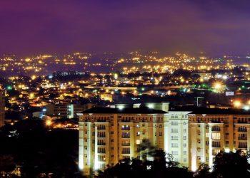Un panorama della città di Escazù (foto: wikimedia.org)