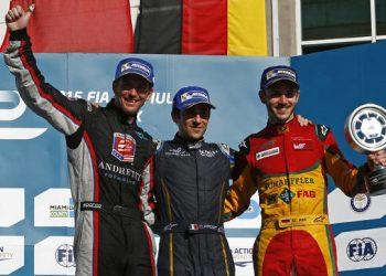 I vincitori di una gara di Formula E sul podio (foto: http://www.fiaformulae.com/)