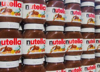 Barattoli di Nutella in un supermercato (foto: http://www.ilgiornale.it/)