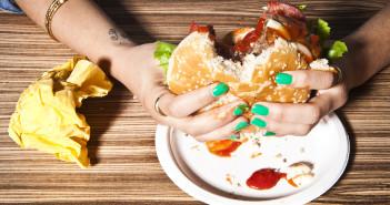 Secondo uno studio il cibo spazzatura rende più stupidi
