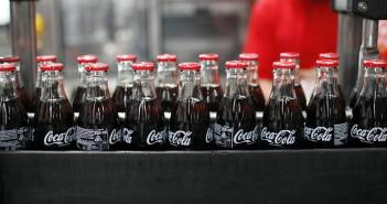 Un impianto di imbottigliamento della Coca Cola (foto: www.terremarsicane.it)
