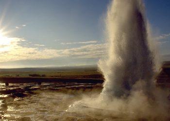 Un geyser islandese (foto: tenereviaggi.com)