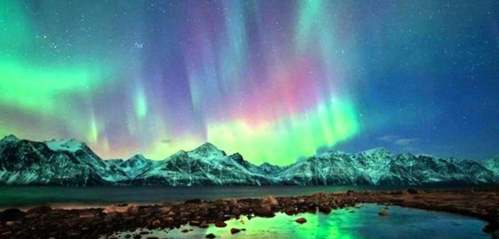 L'aurora boreale (foto: www.guidadiviaggio.it)