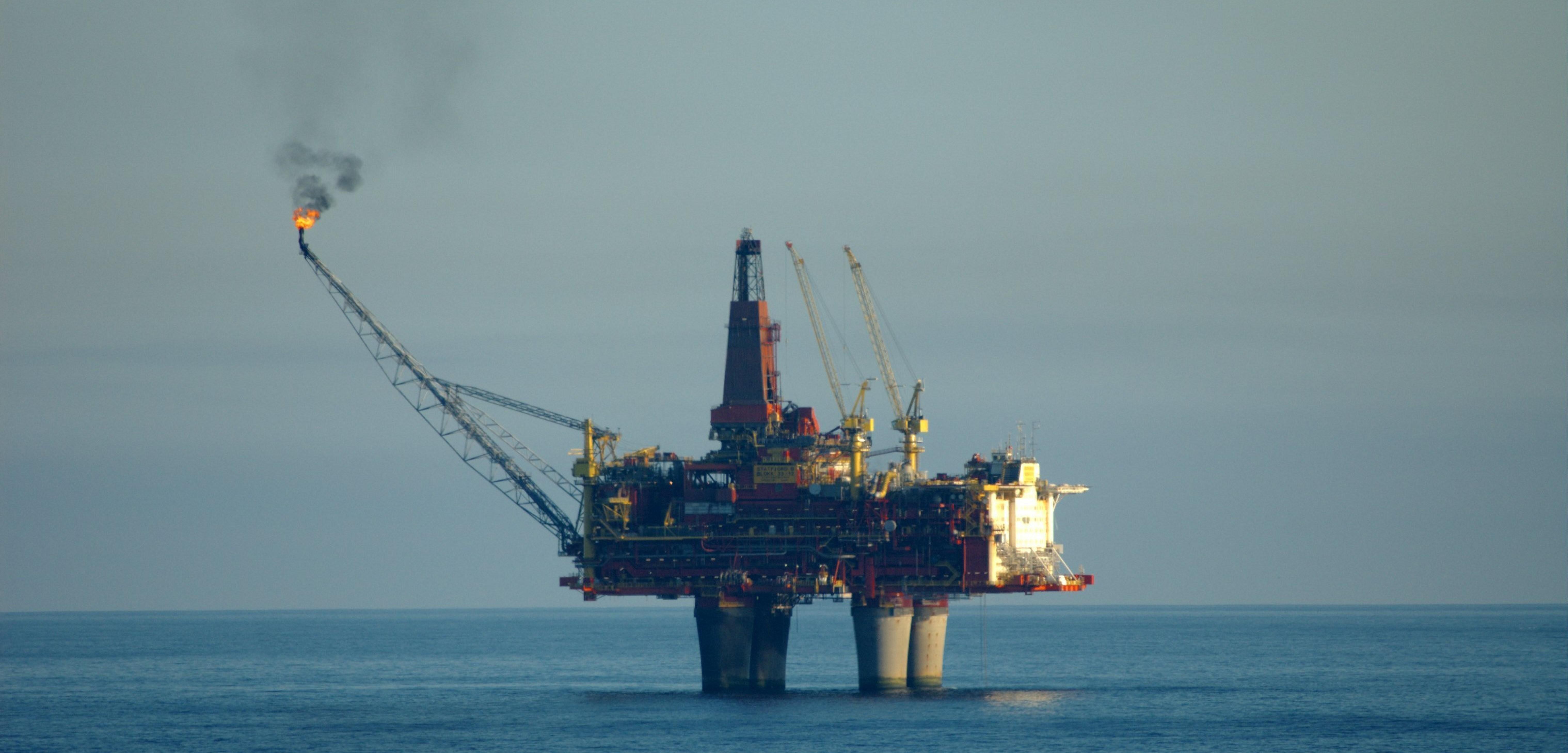 Imu e piattaforme petrolifere una pioggia di milioni per for Piani di piattaforma di piattaforma