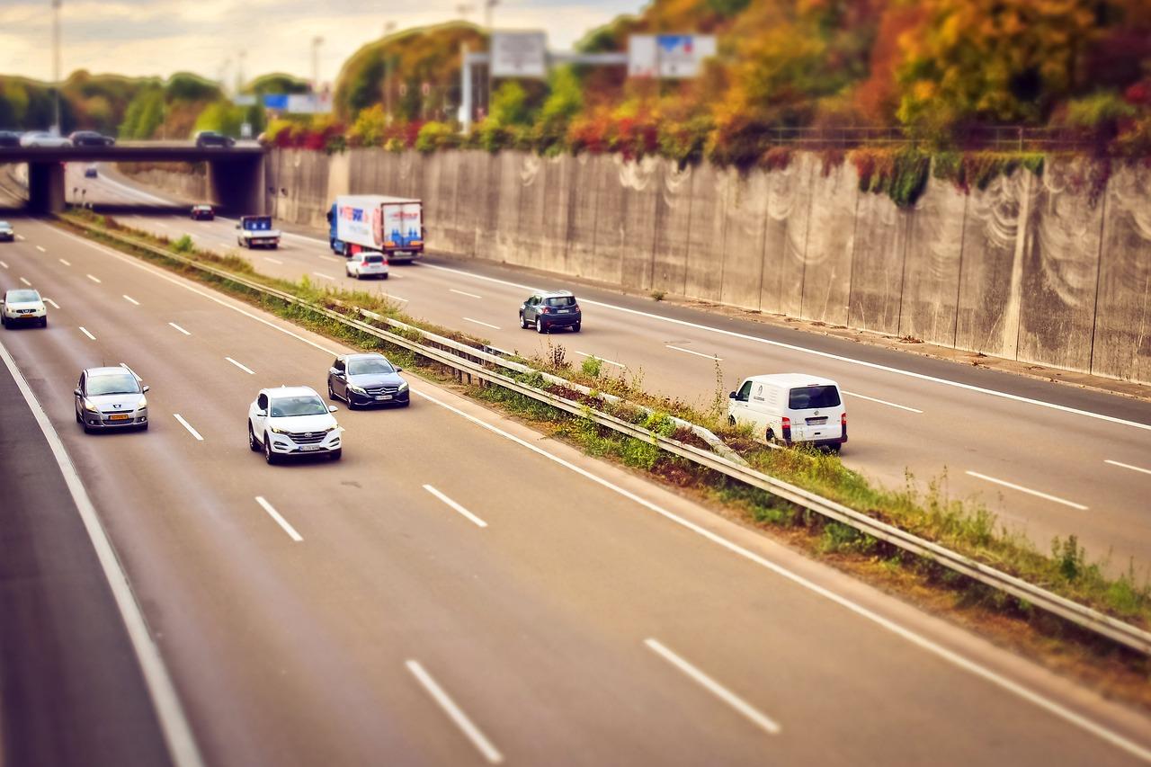 highway-1767107_1280