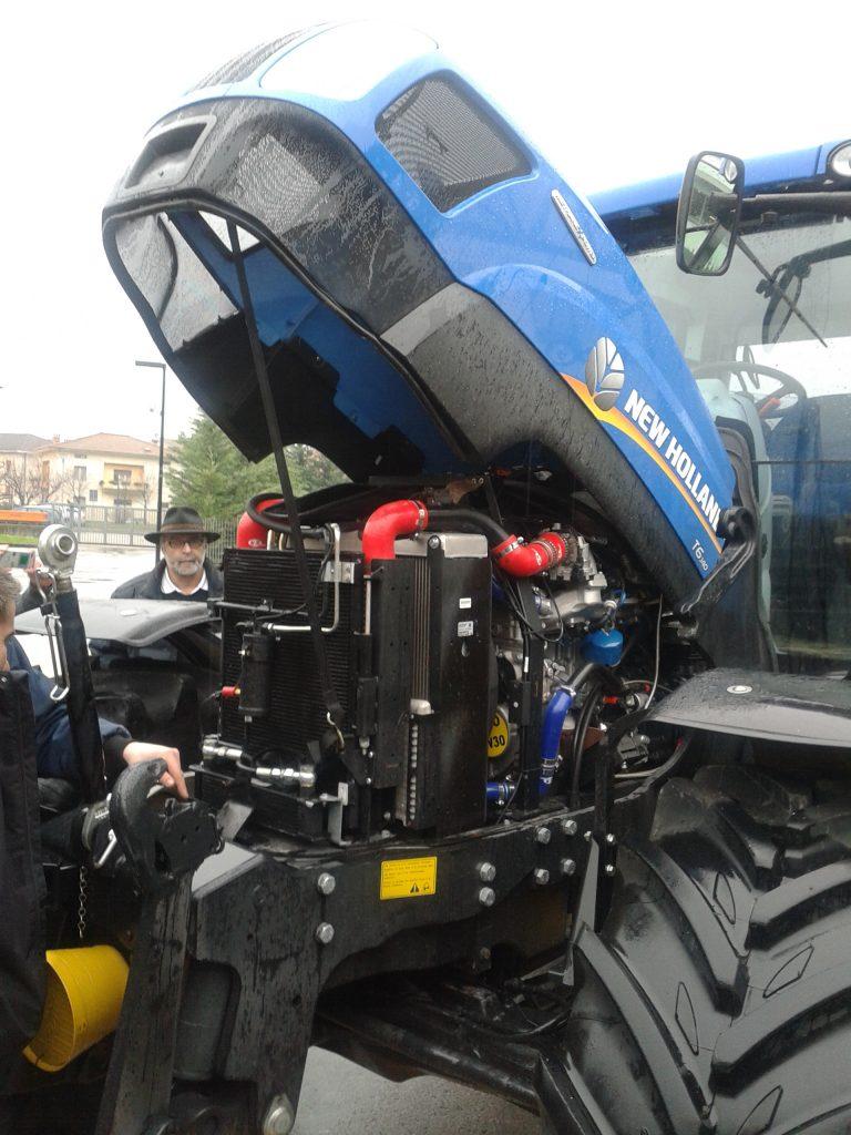 trattore a biometano