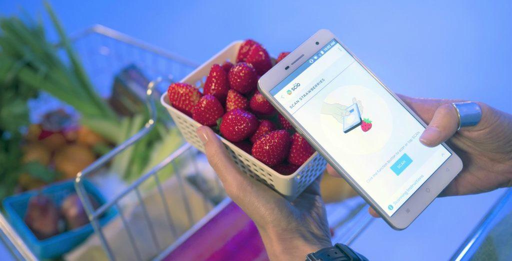Presentato Changhong H2 lo smartphone conta calorie che uno scanner può leggere la composizione chimica della materia e degli oggetti inquadrati