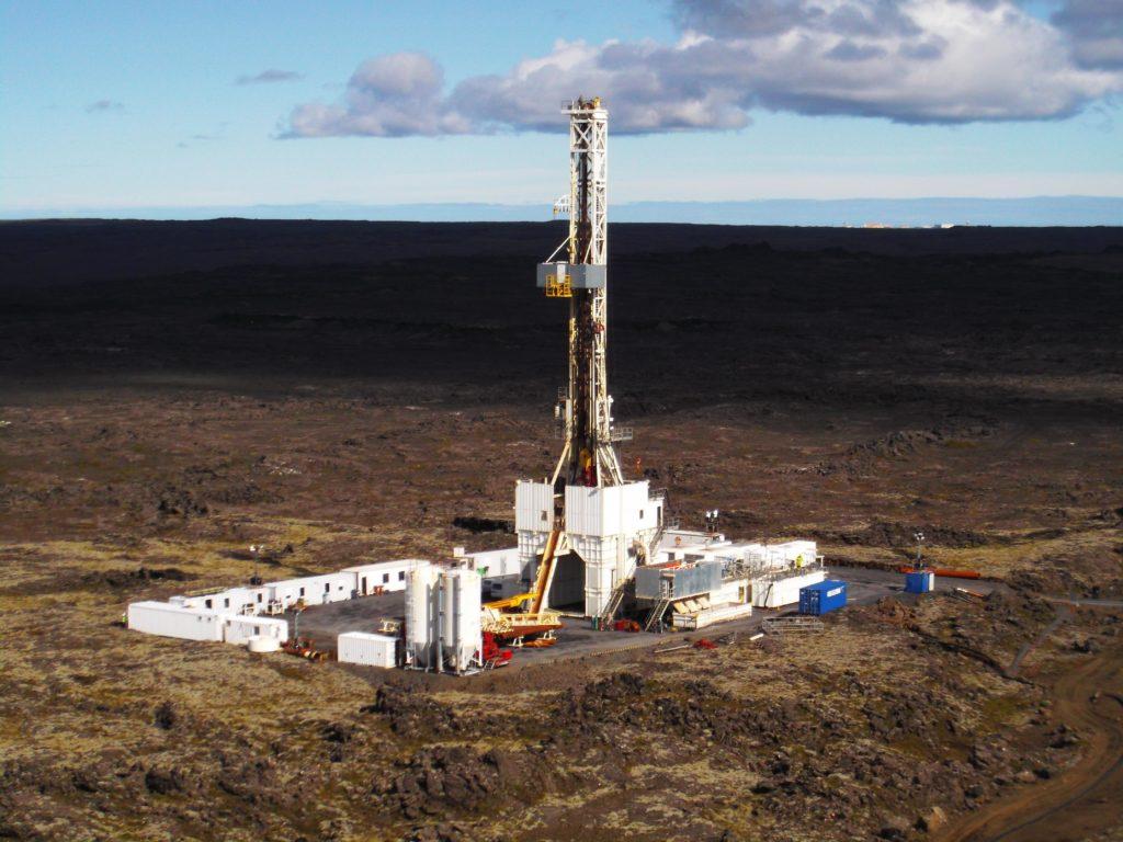 Ci sono stati interessanti sviluppi rispetto alle nuove tecniche sperimentate in Islanda per ottenere geotermia da pozzi profondi anche 5 mila metri.