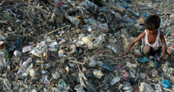 Inquinamento da plastica monouso in India