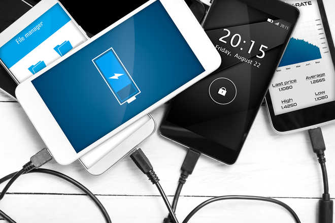 telefoni senza batterie