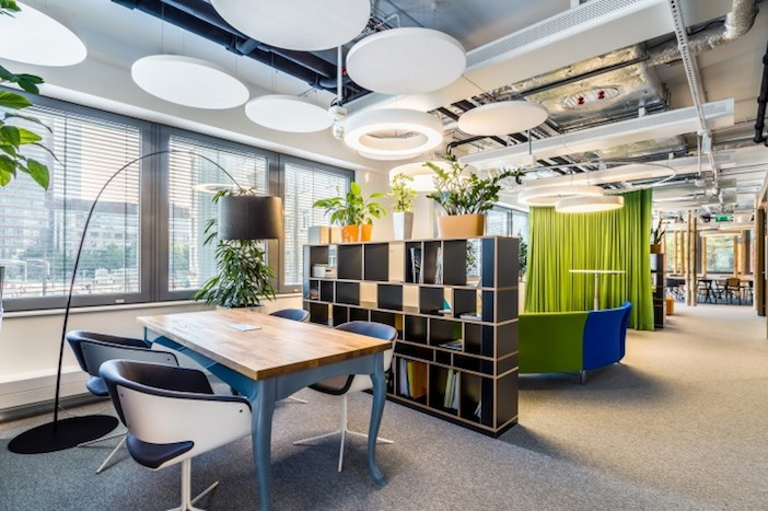 Design uffici sostenibili 7 soluzioni per spazi for Uffici di design
