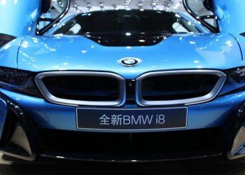 Produzione di automobili elettriche