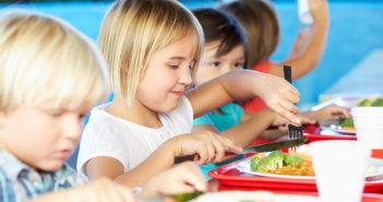 Politiche alimentari sostenibili: regolare i consumi di cibo per rendere le città smart