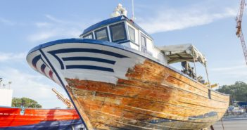 vernice sostenibile che aiuta le barche