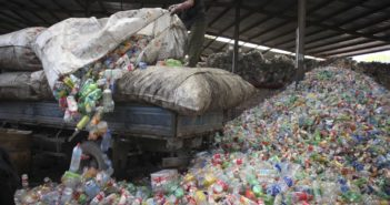 esportazione di rifiuti plastici